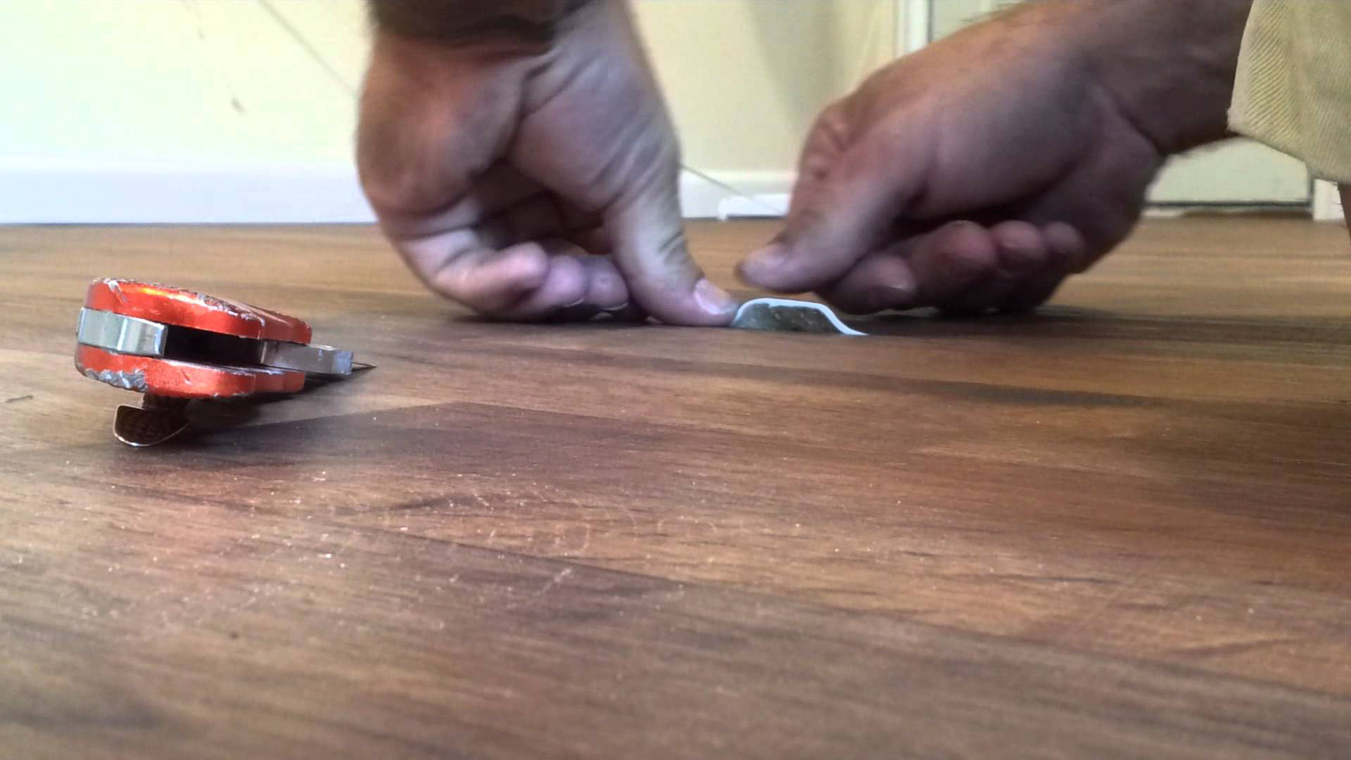 Что делать, если скрипят полы: полезные советы