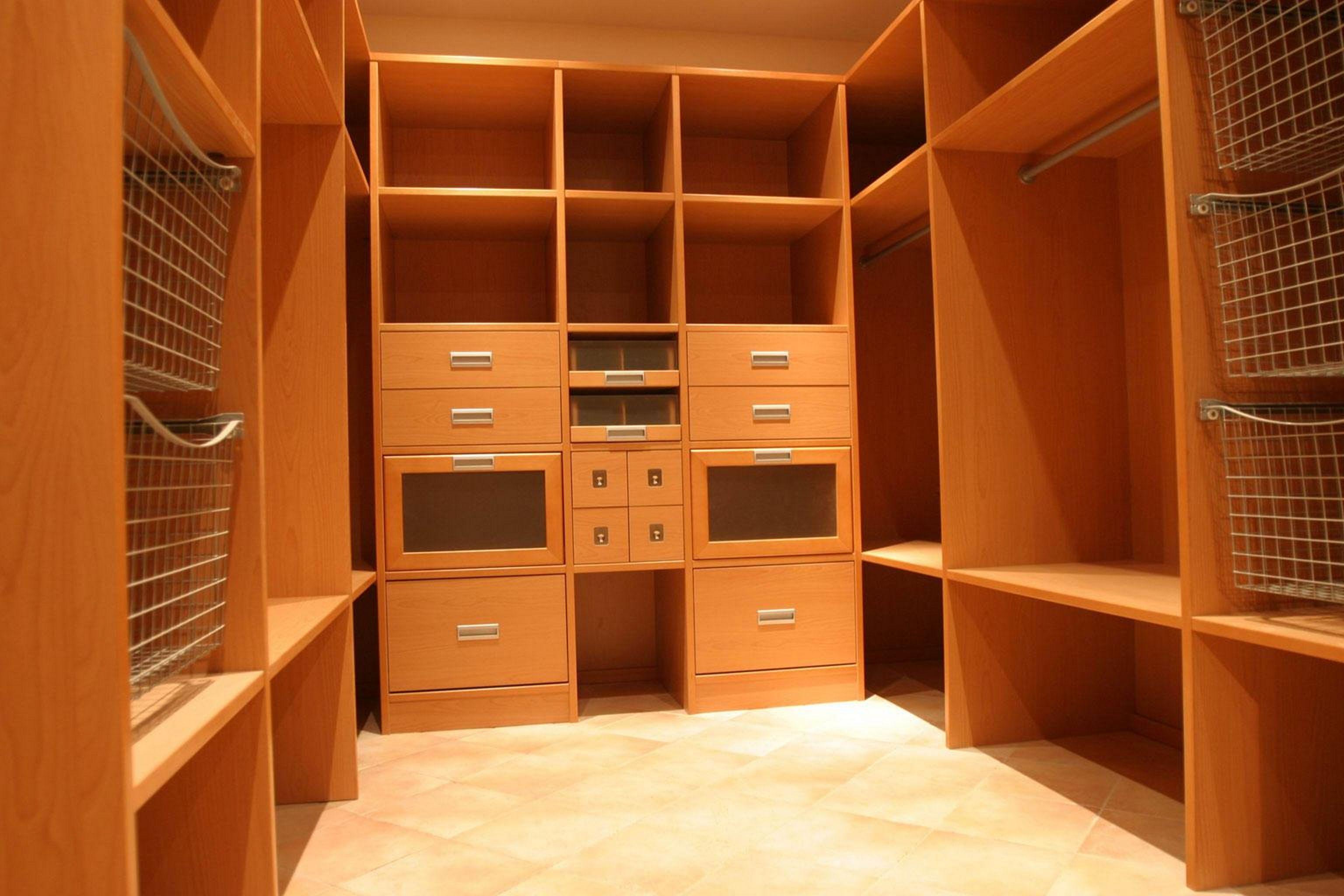 Обустройство гардеробной комнаты своими руками фото 112