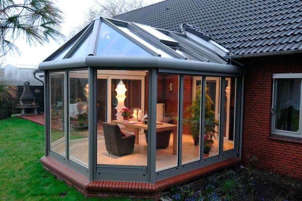 http://moydomik.net/dvorov/veranda/346-design-verandy-otkrytoy-zakrytoy-foto.html