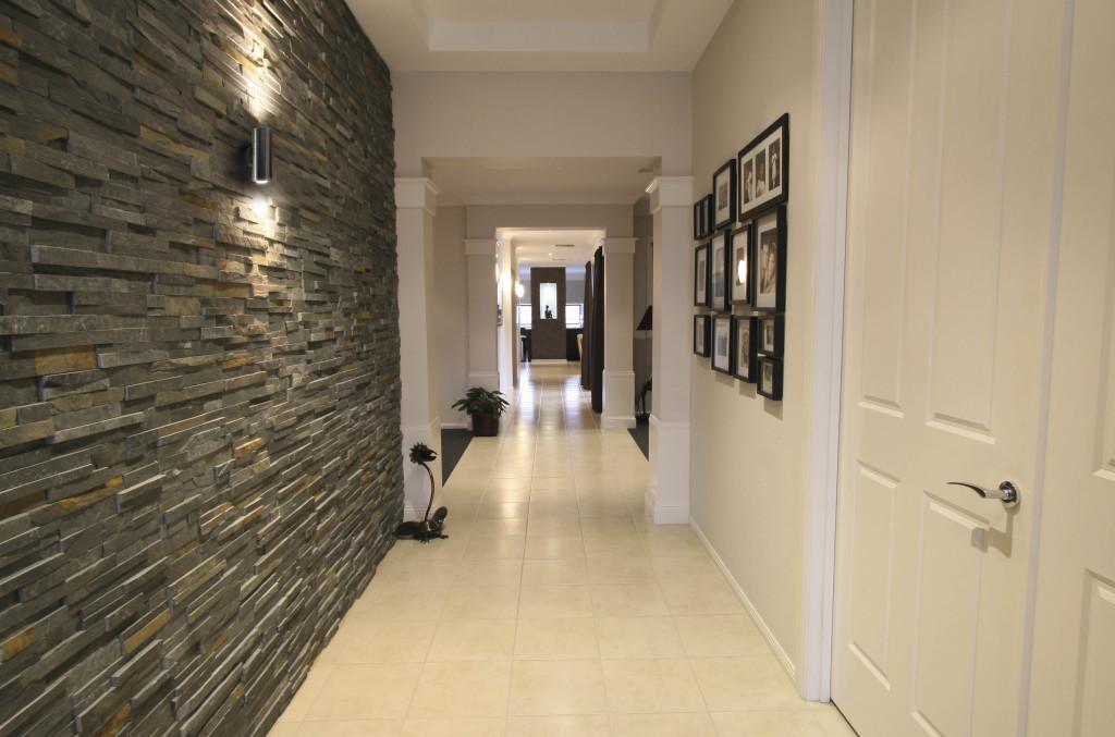 dizayn-koridora-vyibor-oformleniya-15