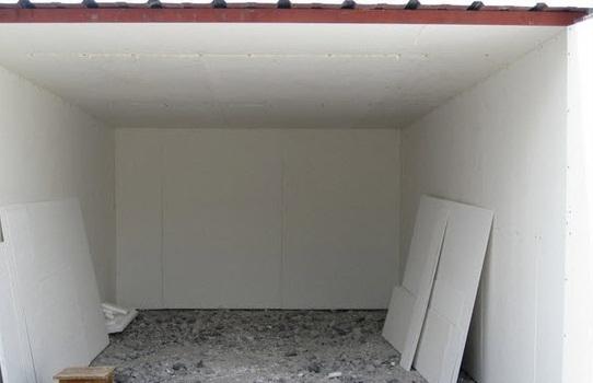 potolok-v-garazhe