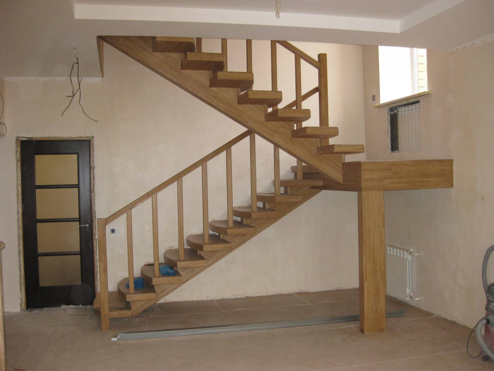 Забежная лестница 180 градусов своими руками фото 623