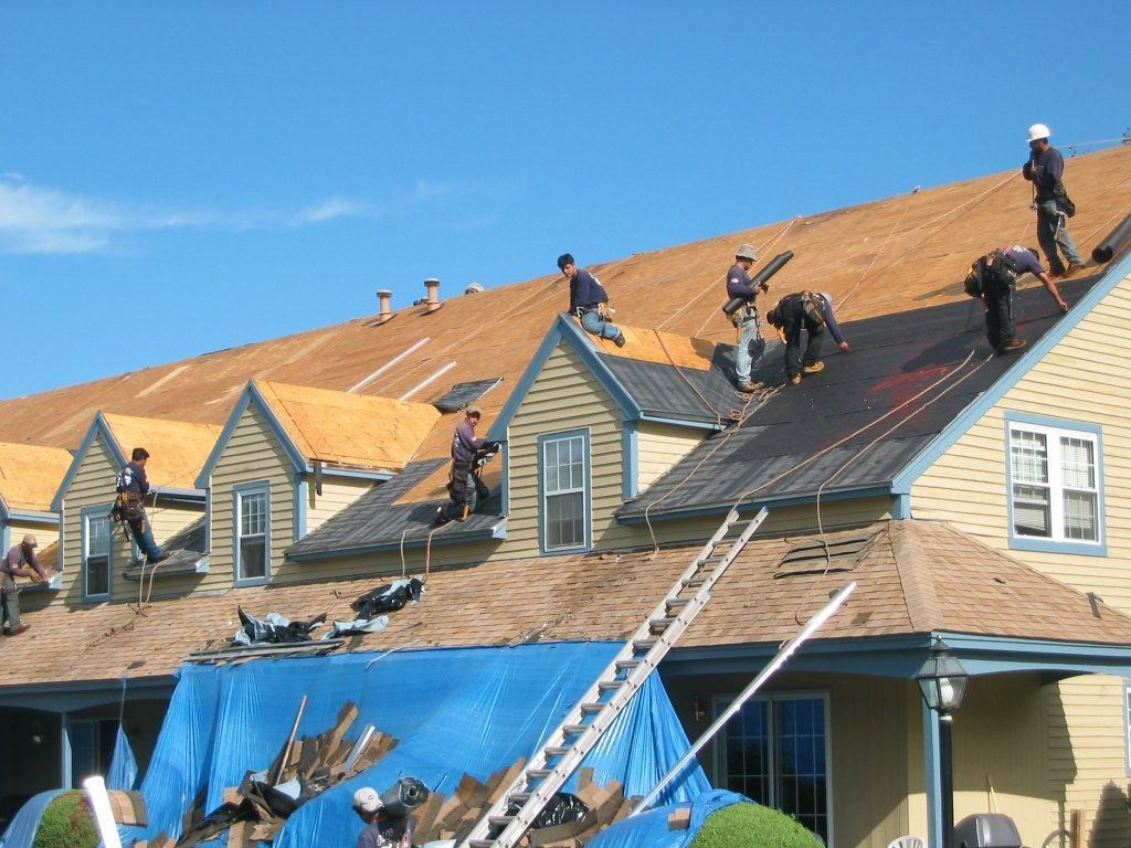 Condo-Roof-Installation1-1024x768