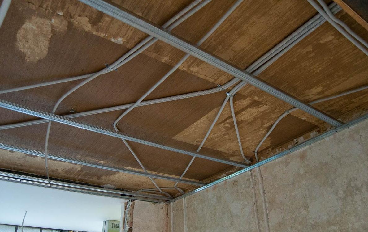 Как подшить потолок гипсокартоном своими руками 159