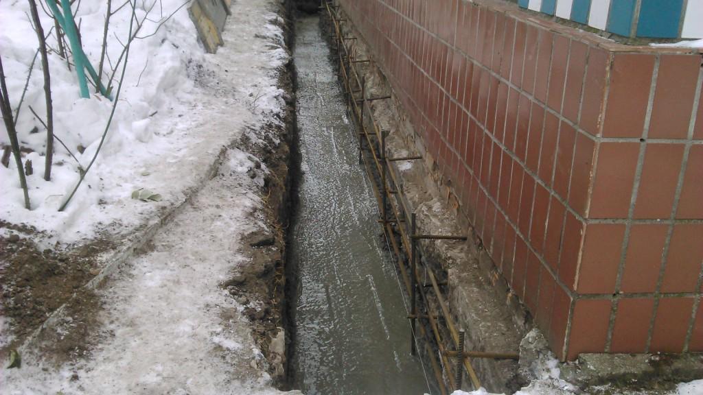 ukreplenie-fundamenta-betonnym-pojasom