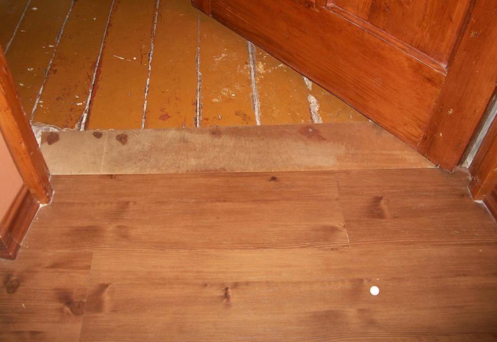 Выравнивание-деревянного-пола-под-ламинат