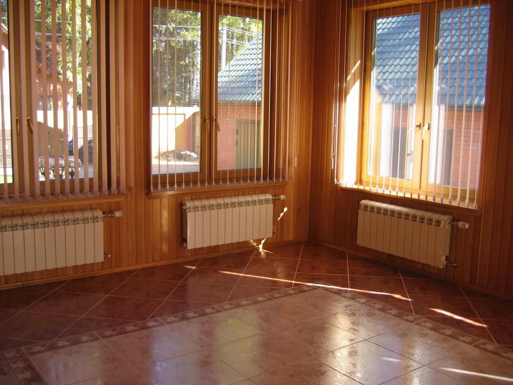 alyuminievye-radiatory-v-interere-zagorodnogo-doma