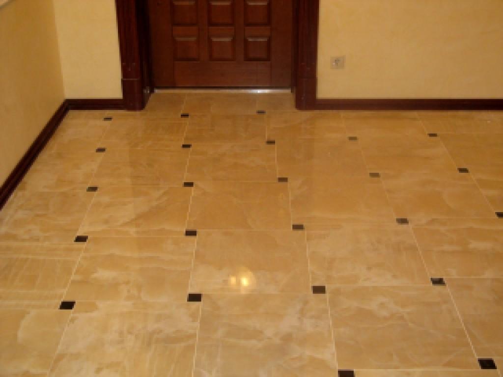 Укладка плитки в ванной комнате или на кухне, как и в других помещениях, до...