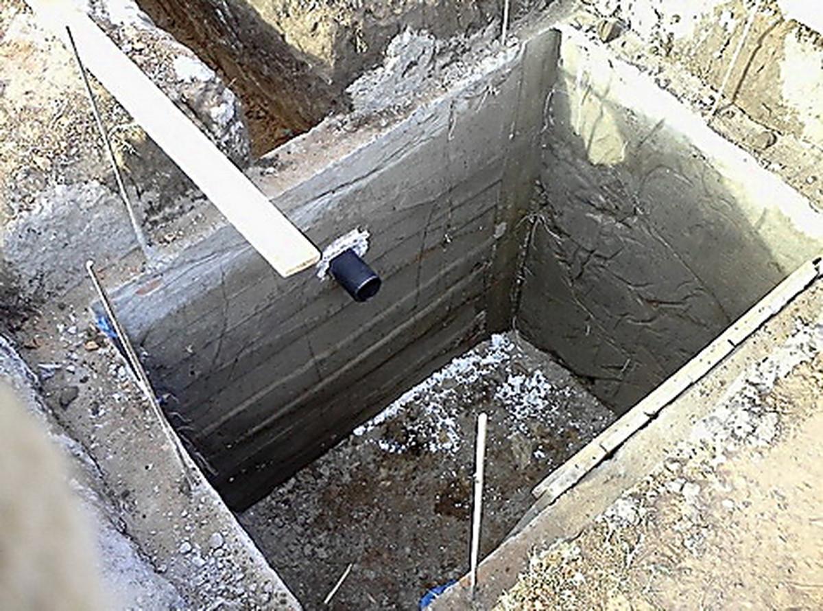 Как сделать сливную яму в частном доме своими руками? 3