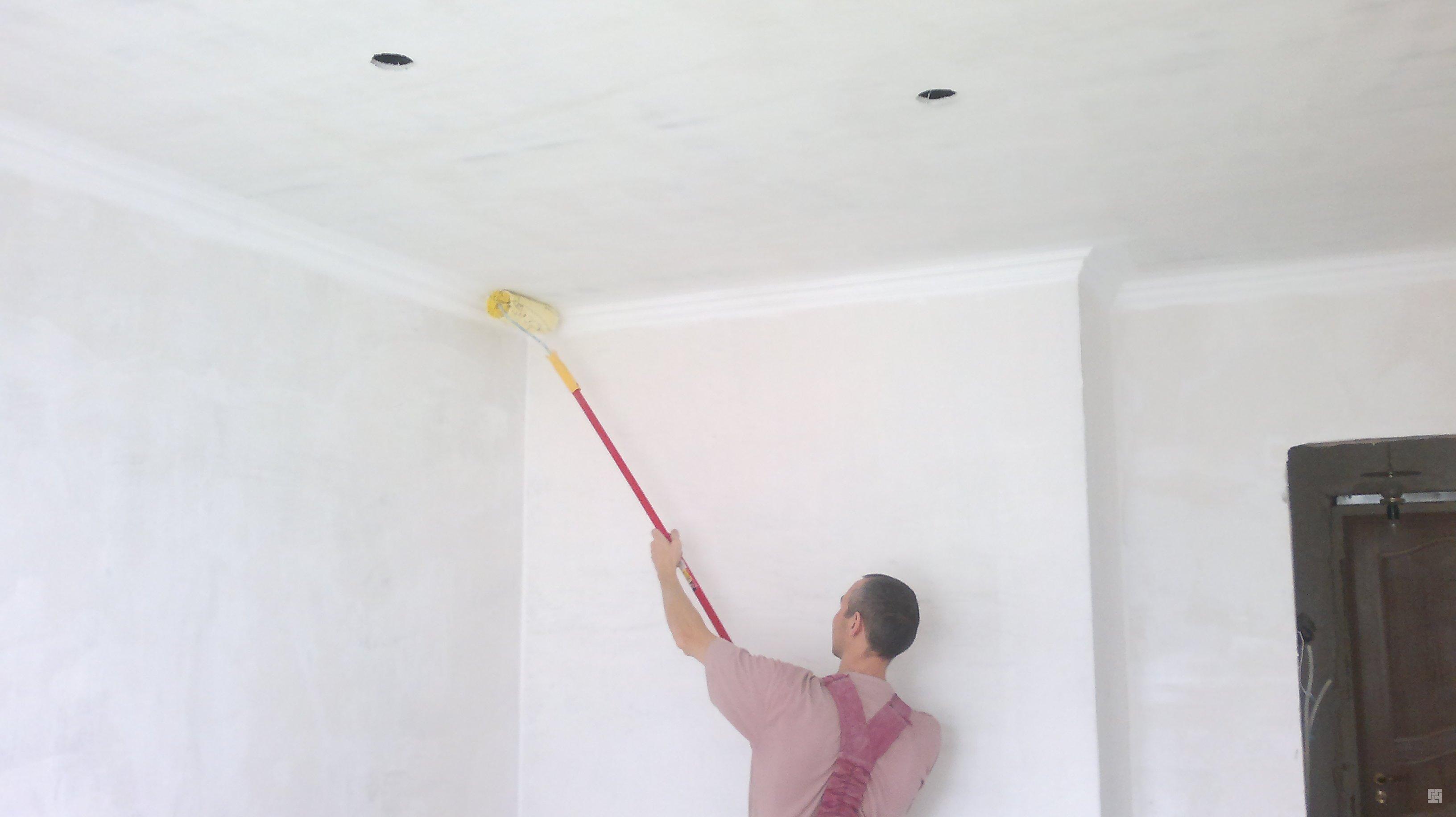 Koľko je štvorcový meter lakovania stropu