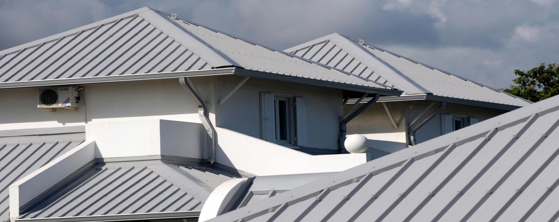 Крыша из профнастила своими руками: как покрыть правильно 11