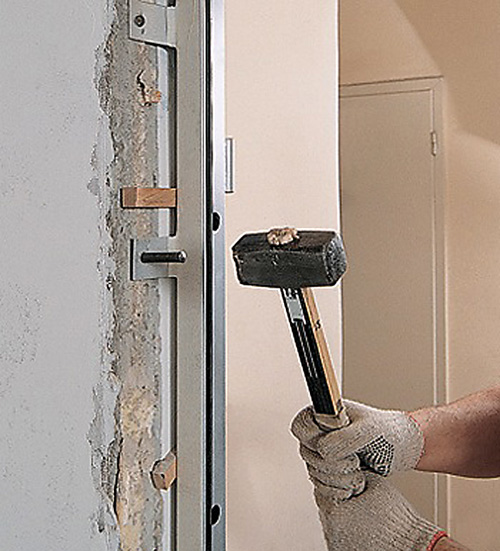 Как устанавливают входные двери