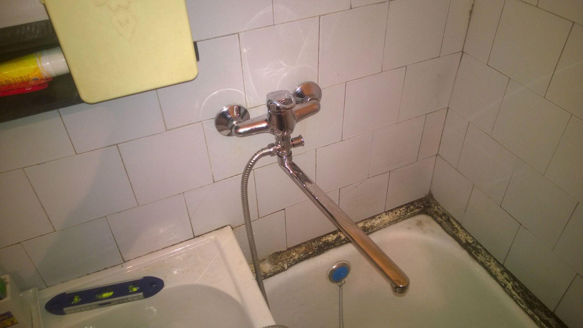 Монтаж смесителя для ванной своими руками 822