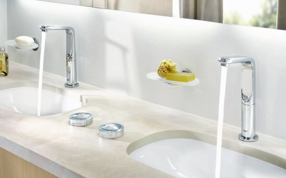 grohe-veris-f-digital-basin-mixer-with-wireless-control