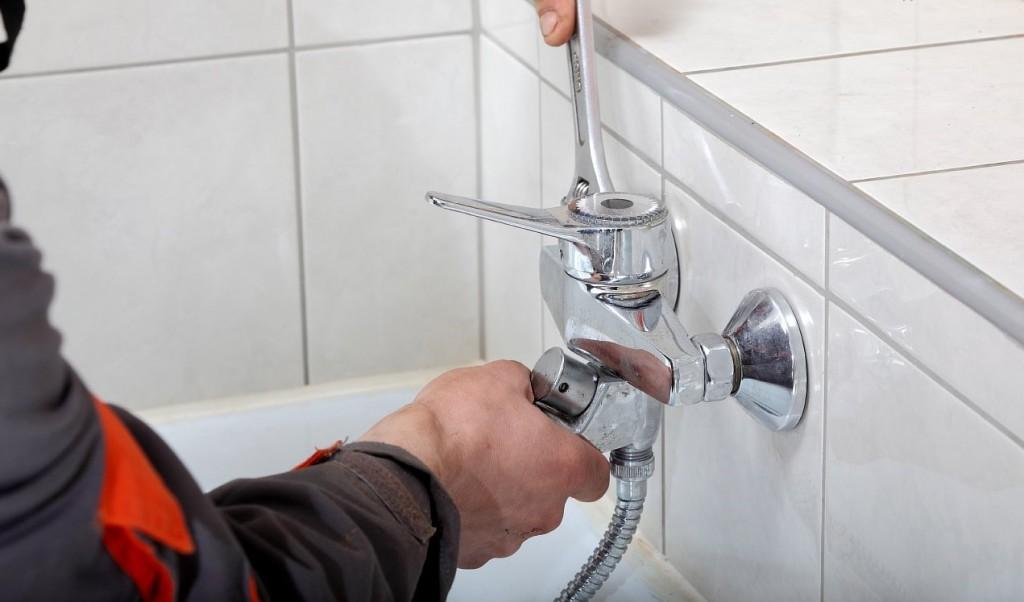 Как-разобрать-и-починить-кран-в-ванной