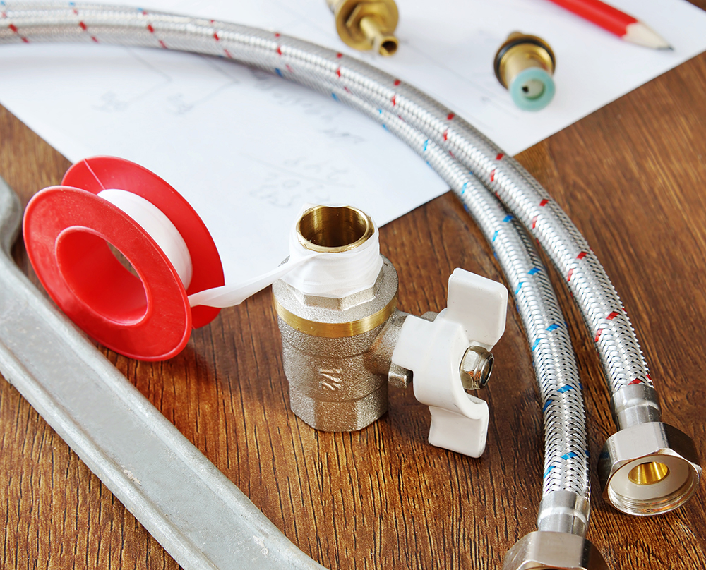 Spare parts and work tools for water supply